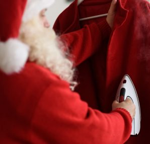 Google cleans up [Christmas] - Search Engine Land